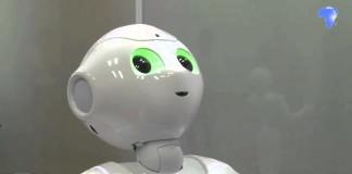 Первого в мире эмоционального робота избили за шутку