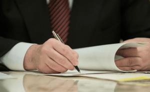 ukraine-mozhno-podpisyvat-dogovory