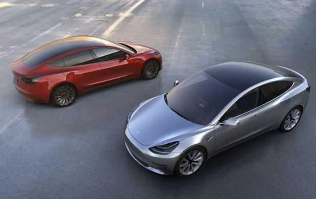 Предзаказы наTesla Model 3 превысили отметку 250 тыс.